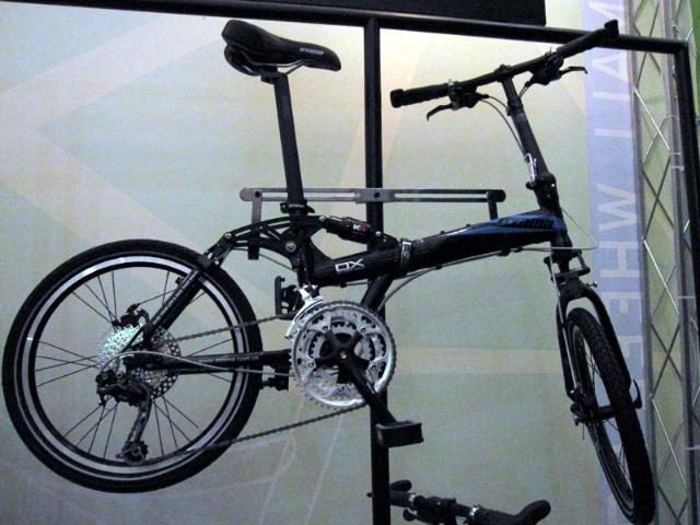单车链结合·创意海报