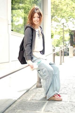 日本美女教师  竖