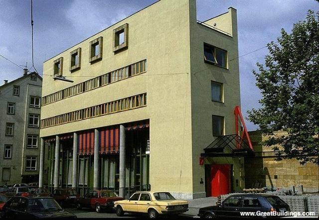 ·詹姆斯---德国斯图加特的新国家艺术馆 http://expert.woodoom.com/