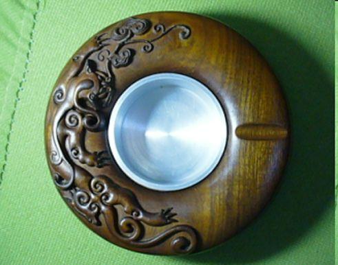 金丝楠木制品已经成为代表中国文化的古典
