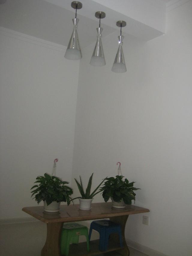 现代简约装修 黑白灰格调精致生活 石开装饰效果和质量一