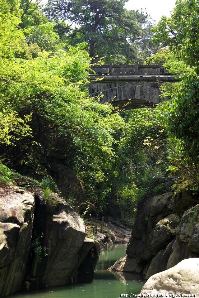 景区集世界文化遗产,世界地址公园,中国自然风景区于一体.