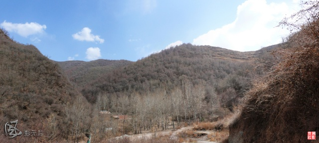 这就是云顶山风景区,也就是当地人叫的法显寺