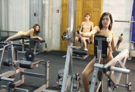 探秘世界首家裸体健身房(图)