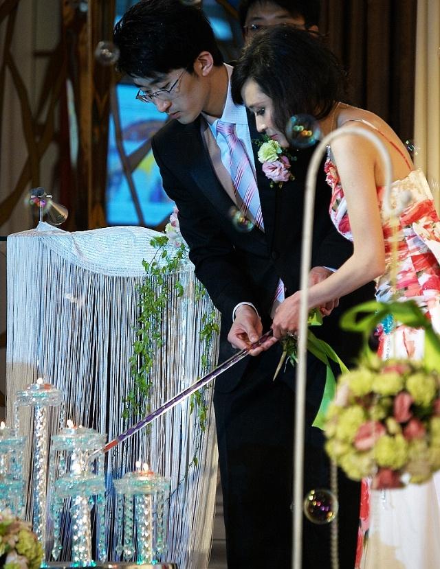 新娘 相逢的拥抱